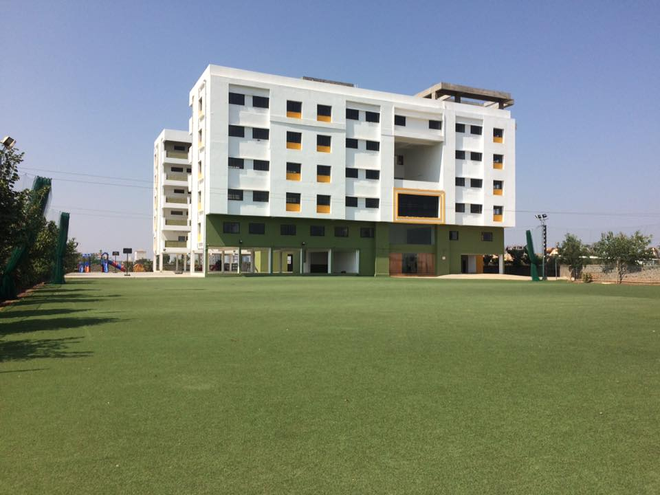 Caelum High School Building